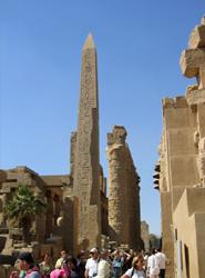 El ministro de Turismo egipcio asegura que la actividad turística 'funciona con normalidad', pese a las revueltas