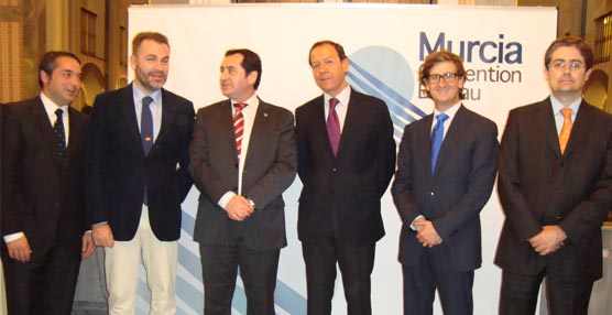 La Oficina de Congresos de Murcia muestra a la Universidad sus ventajas como ciudad de reuniones y eventos