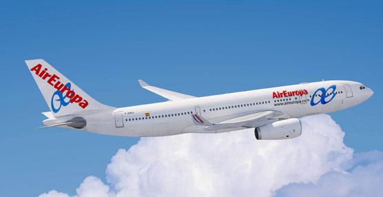 La mitad de los pilotos de Air Europa afiliados al Sepla rechaza en asamblea la reducción salarial del 15%