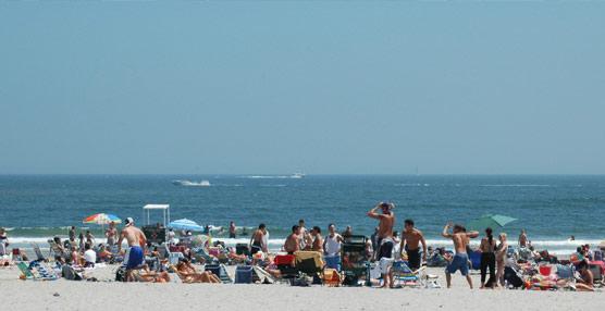 Los destinos turísticos del litoral español aumentan su peso, acaparando más del 88% de las llegadas de viajeros internacionales