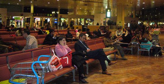 Los aeropuertos europeos mantienen el número de pasajeros gracias al impulso de los Estados no comunitarios