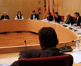 El Consell Insular de Menorca aprueba la Comisión Gestora de la Bolsa de Plazas Turísticas de Menorca