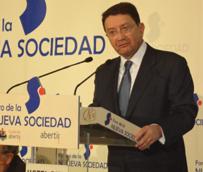 El Turismo mundial moderará su crecimiento este año después de registrar un avance cercano al 4% durante 2012, según Rifai