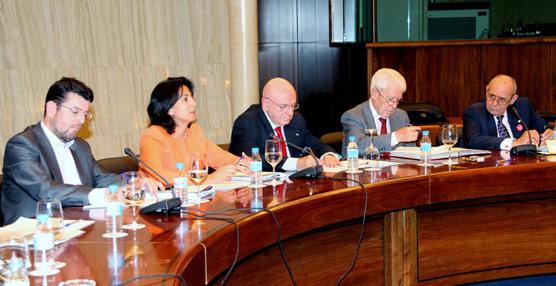 Abel Matutes presidirá un año más la Mesa del Turismo tras aceptar la petición unánime de sus miembros
