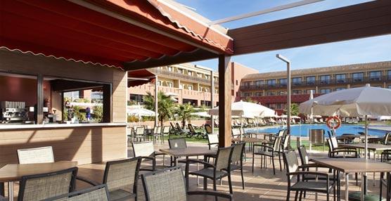 El hotel Confortel Calas de Conil vuelve a abrir sus puertas al público tras el cierre temporal de invierno