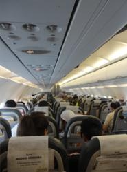 Los aeropuertos españoles reciben cerca de 10,7 millones de pasajeros durante enero, un 9% menos que en 2012