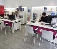 Las agencias de viajes y turoperadores cierran 2012 con un 8% menos de facturación y encadenan cuatro años de caídas