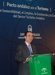 El Pacto Andaluz por el Turismo se centra en la sostenibilidad, el empleo, la excelencia y la competitividad