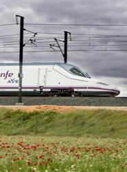 Las agencias de viajes se mantienen como el primer canal de ventas de Renfe en la conexión de AVE Madrid-Barcelona