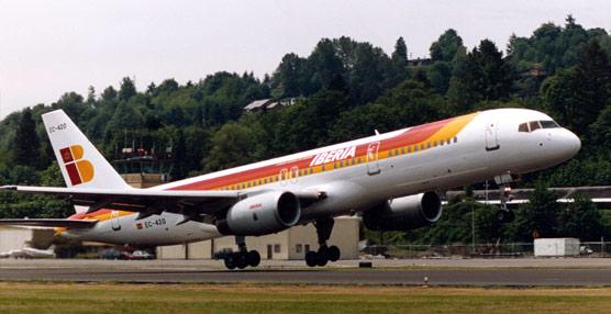 Los pilotos de Iberia tachan de 'inaceptable' el ERE y confirman que se sumarán a la huelga en marzo