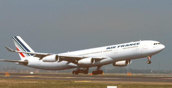 Los gastos del plan de reestructuración pasan factura a Air France-KLM, que pierde 1.192 millones en 2012