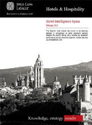 Los informes analizan la inversión hotelera en España y sus previsiones, con especial énfasis en Madrid y Barcelona.