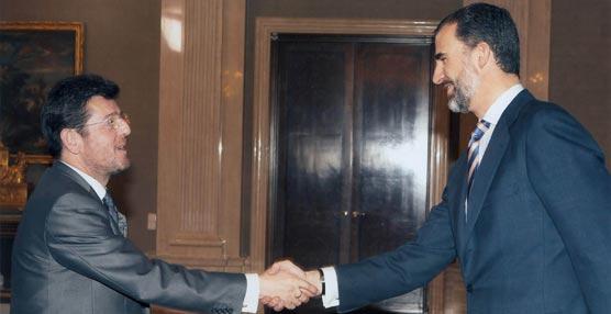 El presidente de Futuralia, Eugenio de Quesada, con S.A.R. el Príncipe Felipe.