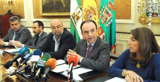 El Plan de Acción de la Junta de Andalucía reforzará la promoción de Cádiz en Turismo de Reuniones, de golf y gastronomía