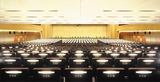El sector médico abarca el 35% de los congresos en Barcelona en 2012 con casi 73.000 especialistas