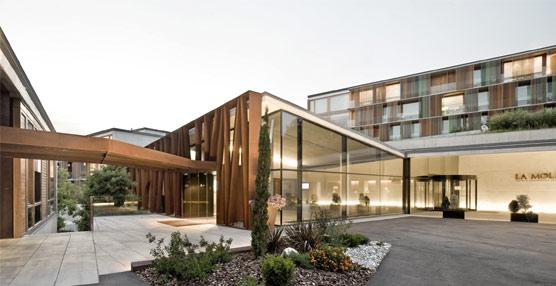 Hilton apuesta por el diseño y la gastronomía con la apertura en España del nuevo Hotel & Conference Center La Mola