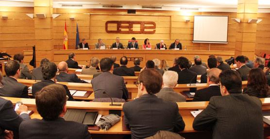 CEOE rechaza el aumento de la presión fiscal a las actividades turísticas porque 'pone en peligro la competitividad del Sector'
