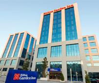 Tres hoteles Hilton españoles participan en un gran evento de orientación profesional para jóvenes