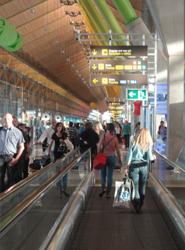 Las aerolíneas transportan dos millones de pasajeros en sus rutas domésticas en marzo, un 16% menos que en 2012
