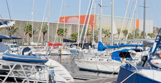 Un grupo de gestores de viajes de empresa conoce las instalaciones del Palacio de Congresos El Batel de Cartagena