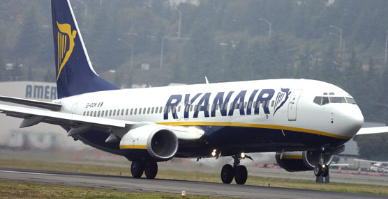 Ryanair registra un beneficio de 569 millones de euros en su último ejercicio fiscal, un 13% más que en el anterior