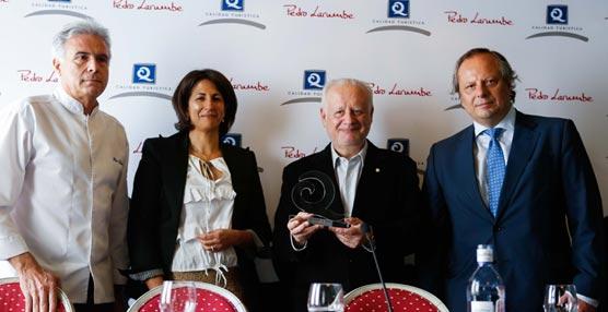 El Instituto para la Calidad Turística Española concede el reconocimiento 'Cliente Q' al actor Juan Echanove