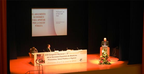 Especialistas en medicina preventiva debaten en el Auditorio El Batel sobre calidad asistencial y salud pública