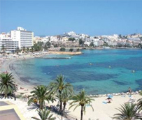Los precios en los hoteles de costa caen y se sitúan en una media de 102 euros, con Baleares a la cabeza