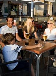 El Turismo se une a otros sectores para apoyar la decisión del presidente del Gobierno de no subir el IVA