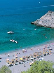 El 60% de los españoles mantiene o aumenta su presupuesto para estas vacaciones y el 76% realizará algún viaje