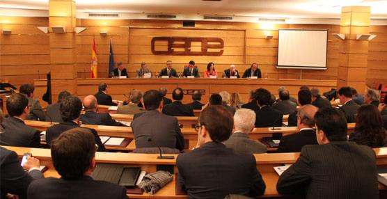 CEOE pide la bajada del IVA al Sector, menores trabas administrativas y más apoyo al tejido asociativo