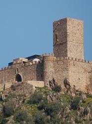 La comarca de Olivenza presenta su oferta turística en el Centro de Convenciones y Congresos del Castillo de Miraflores
