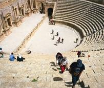 Los movimientos turísticos aumentan por encima del 4% en el primer cuatrimestre del año, rozando los 300 millones