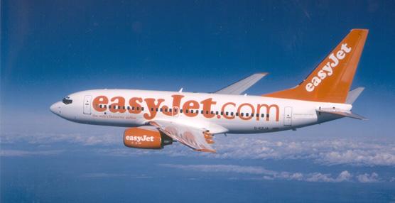 Easyjet factura 1.325 millones de euros en el tercer trimestre de suaño fiscal, un 11% másrespecto al año anterior