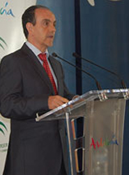 Andalucía recupera en junio cuota del mercado nacional con una subida del 1,6% de pernoctaciones
