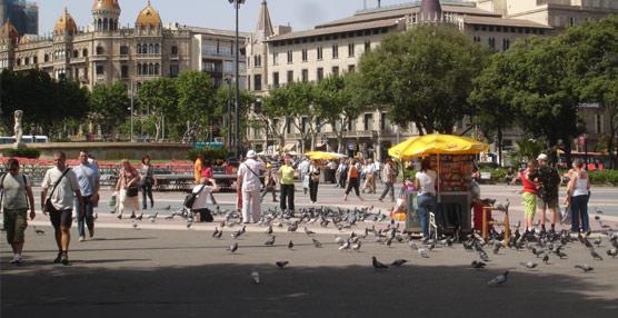 Los españoles realizan cerca de 71 millones de viajes en el primer semestre, un 6% menos que en la primera mitad de 2012