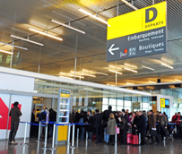 Las compañías aéreas transportan un 5% más de pasajeros durante julio gracias al empuje de las economías emergentes