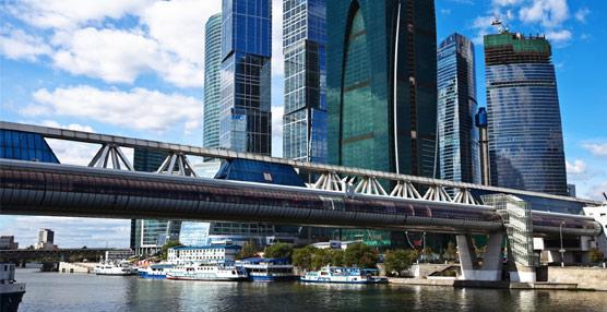 Moscú prevé superar con creces los cinco millones de turistas en 2013 , lo que supondría una cifra récord