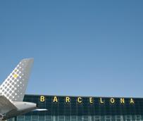 El Prat desbanca por primera vez a Barajas como el aeropuerto con más pasajeros, rozando los cuatro millones en agosto