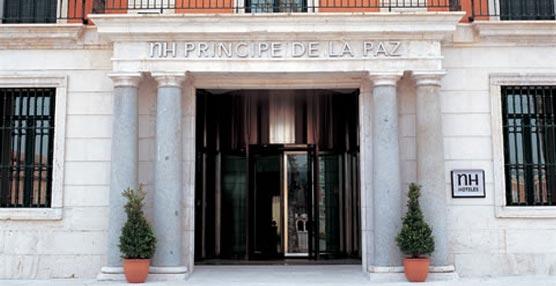 Iberia y NH Hoteles refuerzan su alianza con la entrada de la cadena hotelera en el programa de fidelización de la aerolínea