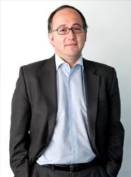 El consejero delegado de Iberia entiende que 'no es muy sostenible que convivan dos compañías aéreas en un mismo 'hub''