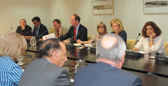 La Administración pública y el sector privado buscan fórmulas de cooperación para revertir la caída del Turismo en Madrid
