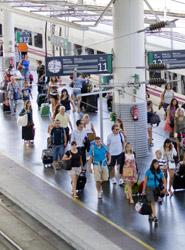 Los viajeros tienen derecho al reembolso parcial en retrasos significativos del tren, incluso en casos de fuerza mayor