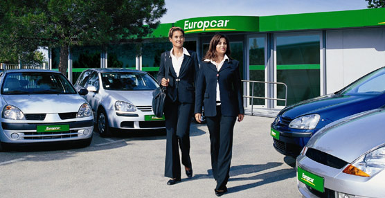 Las agencias continúan jugando 'un papel clave' en el sector 'rent-a-car' pese al aumento de la venta directa