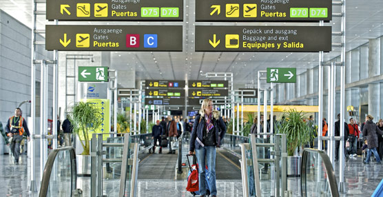 Las aerolíneas transportan tres millones de pasajeros en sus rutas domésticas en agosto, un 16% menos que en 2012