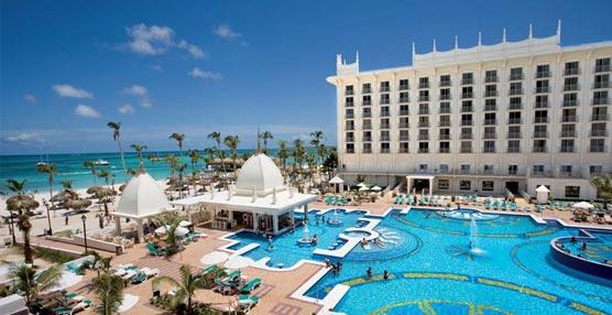 Riu Hotels & Resorts facilita la conexión a Internet total de sus huéspedes de sus establecimientos vacacionales del Caribe