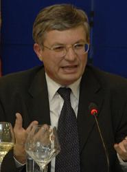 Se cumple el plazo para que los Estados miembros pongan en marcha la normativa de Turismo sanitario