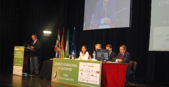 El I Congreso Internacional de Geoturismo se celebra en el Teatro El Jardinito de Cabra, Córdoba