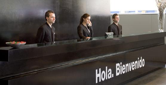 La tasa de paro en el Turismo se mantiene en el 15% en el tercer trimestre del año, frente al 26% de la economía española