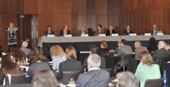 Los efectos de las prospecciones petrolíferas y el recurso a la revisión de la Ley de Costas, a debate en la sexta edición de Futuralia